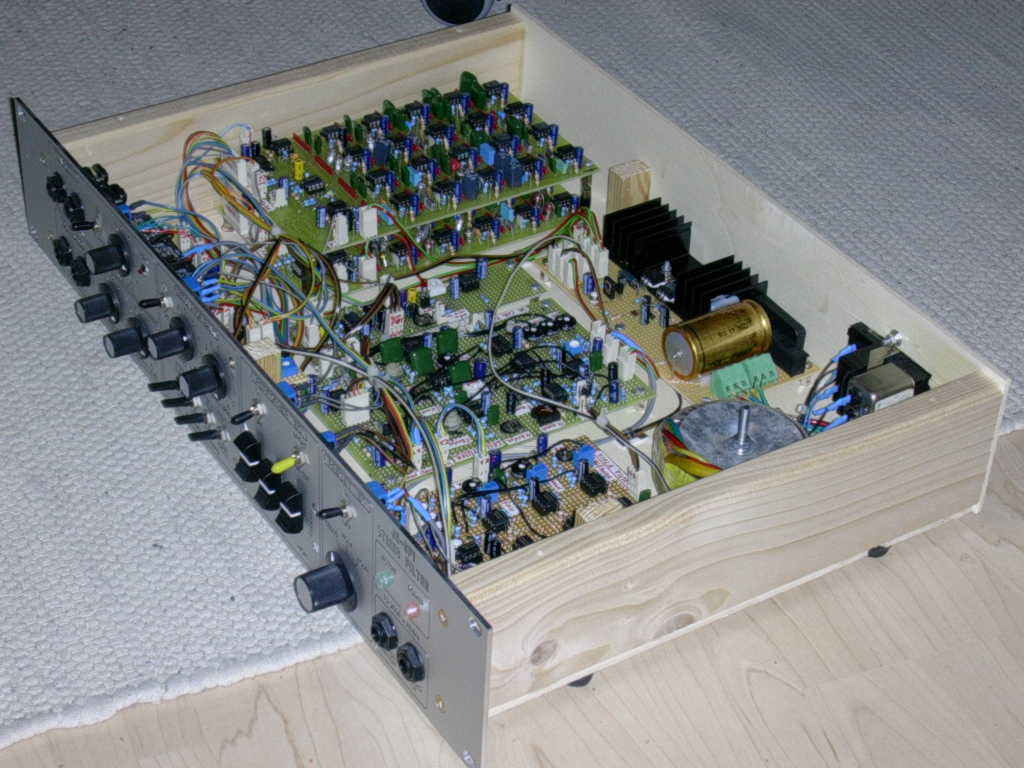 Full Text Of Synth Diy Mailing List Switched Divider For Binary Counter Circuit Diagram Tradeoficcom