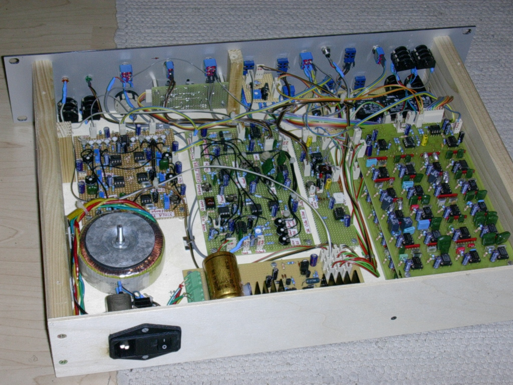 Full Text Of Synth Diy Mailing List Novel Loudspeaker Coupling Circuit Diagram Tradeoficcom